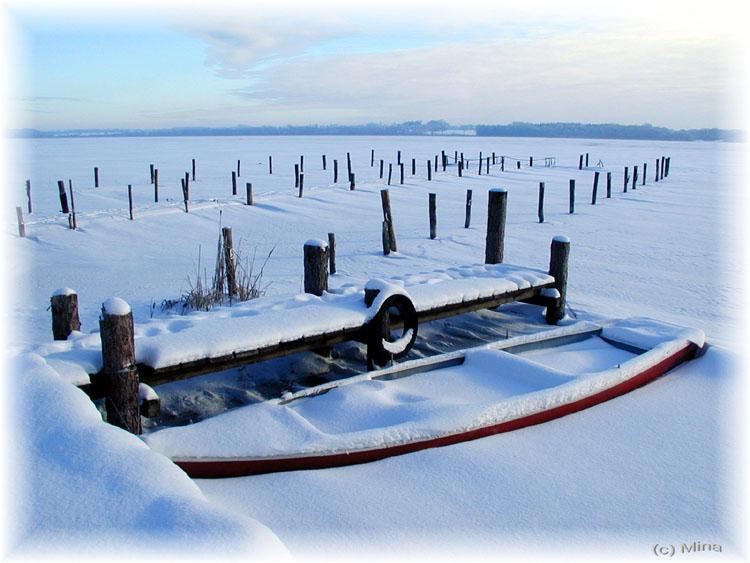 Boot im Eis