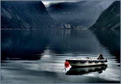 boot im fjord