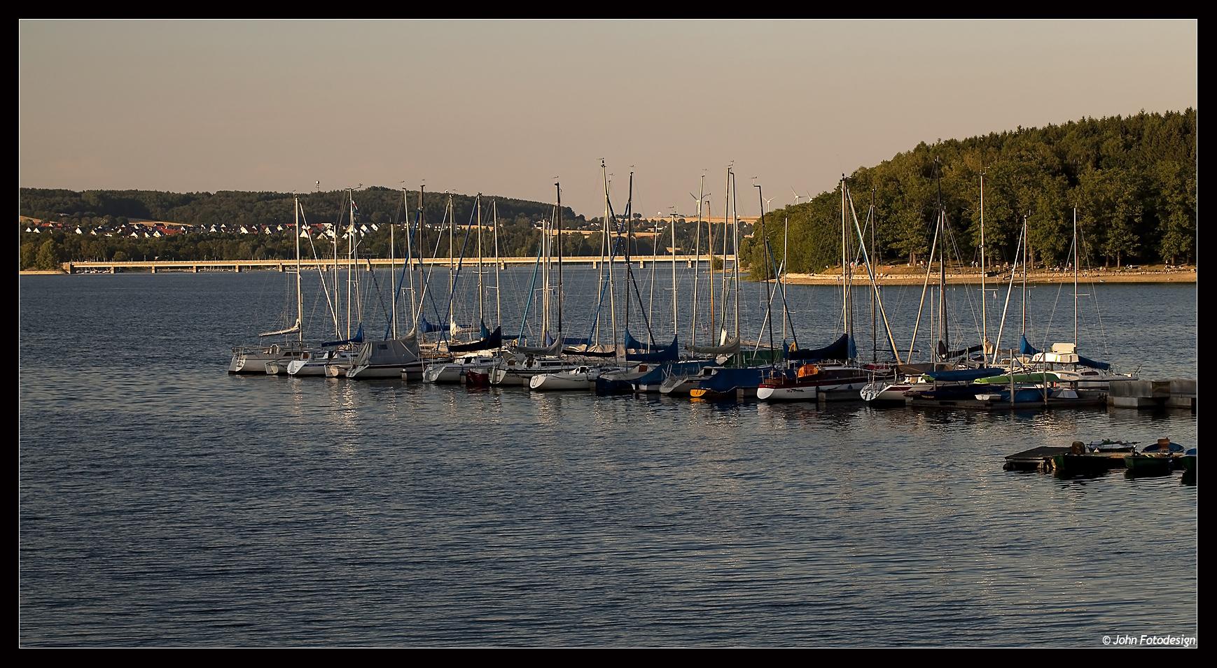 Bootsanleger am Südufer...