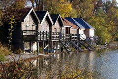 Bootshäuser in Stegen am Ammersee (Bayern)