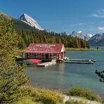 Bootshaus Maligne Lake