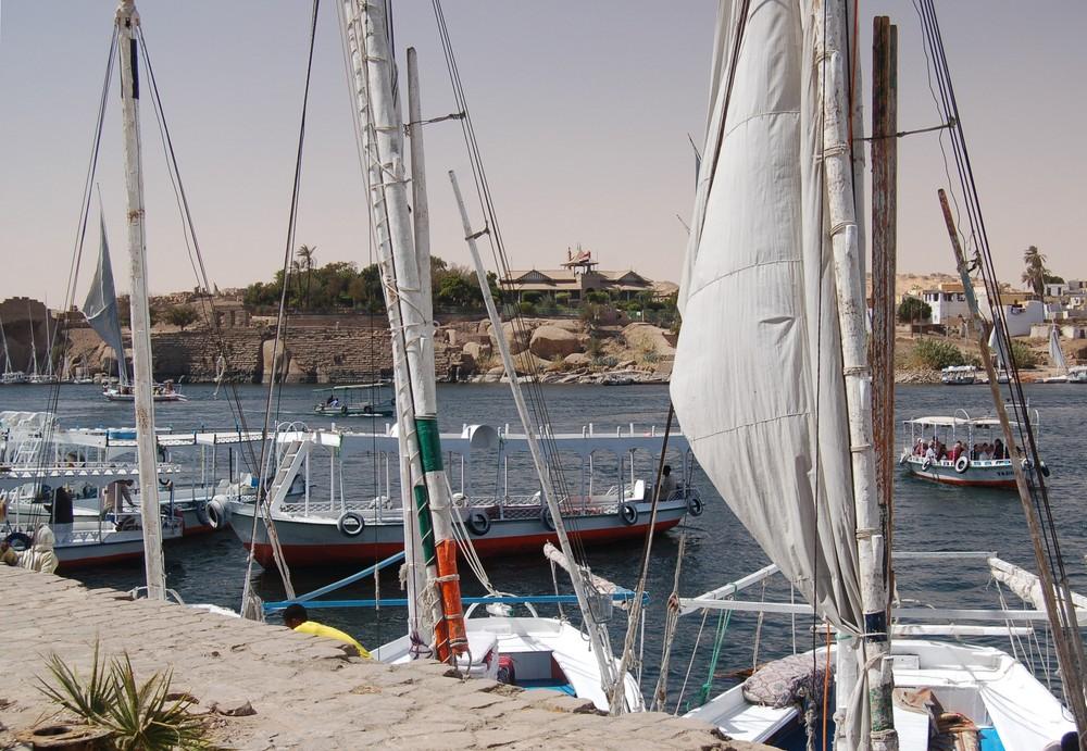 Bootsverkehr auf dem Nil