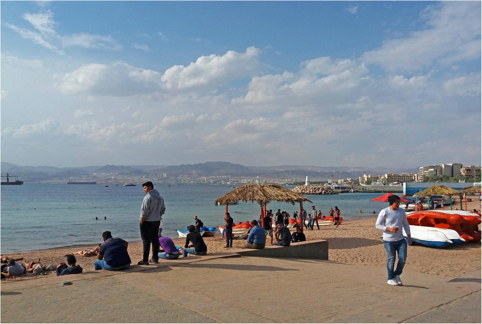 Bord de Mer Rouge à Aqaba (Jordanie)