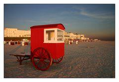 Borkumer Skyline mit Strandwagen