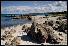 Bornholm, Sandkås, Felsenstrand mit Blick auf Tejn - Bornholm, Sandkås, rocky beach