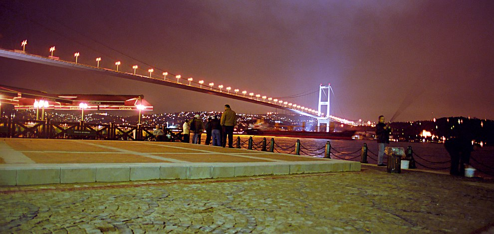 Bosporus-Brücke neue Aufnahme