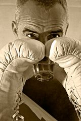 Boxer-with-drink-1002