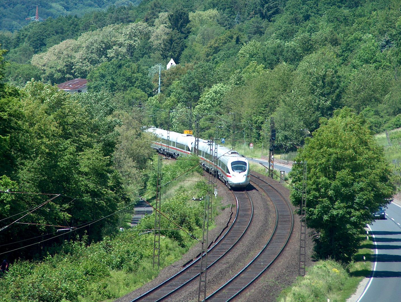 BR 605 von Gemünden Richtung Würzburg nach.....