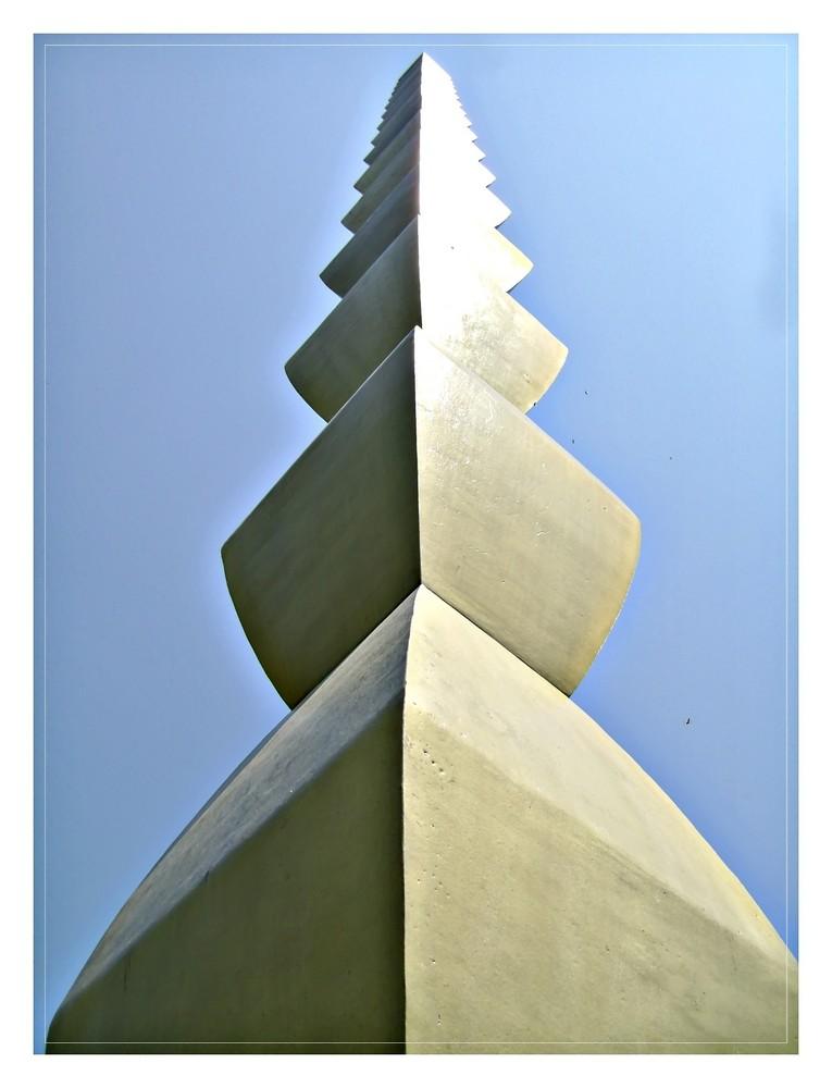 Brancusi- The column of infinity