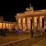 Brandenburger Tor Berlin  - Gestern steppte hier der Bär  -