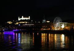 Bratislava bei Nacht