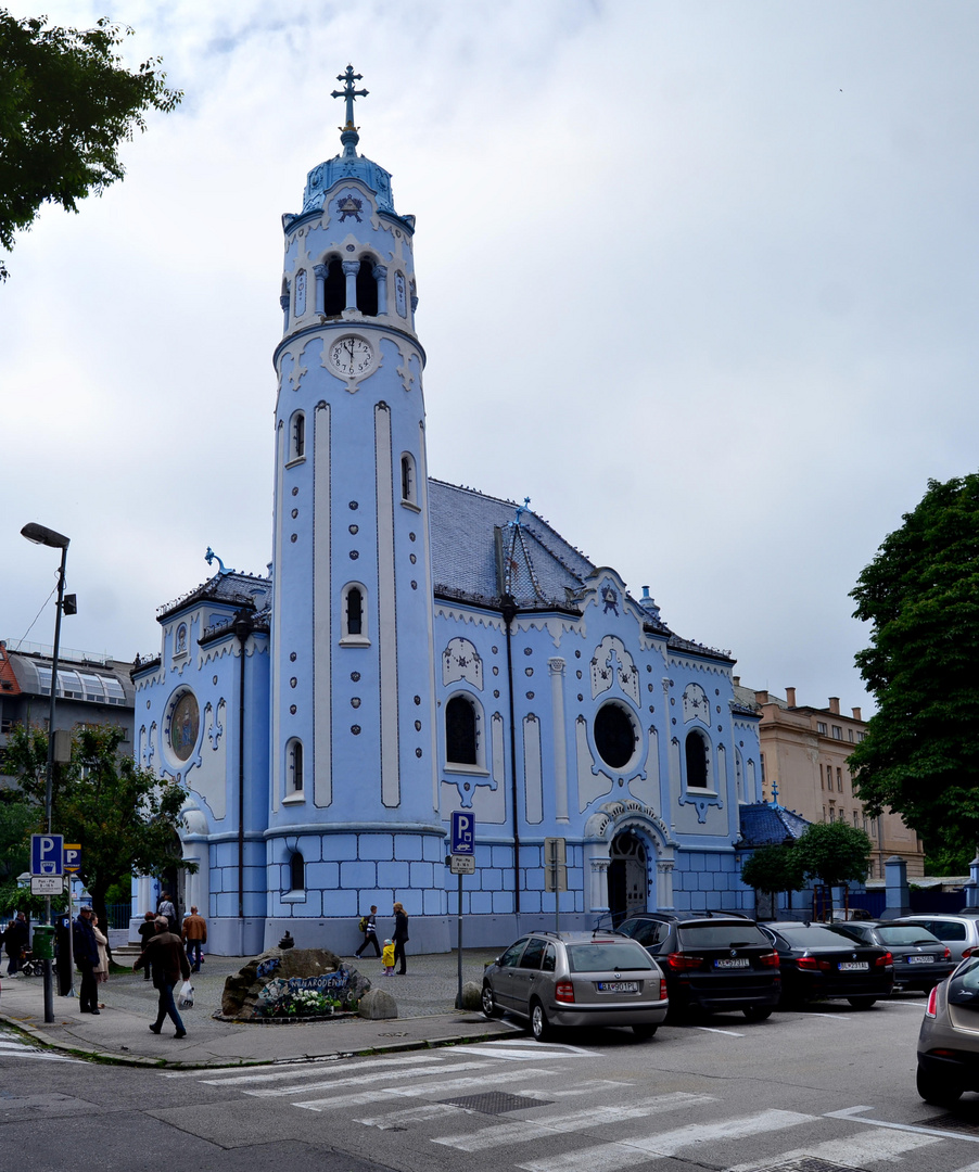 Bratislava - Iglesia Azul (Blue Church)