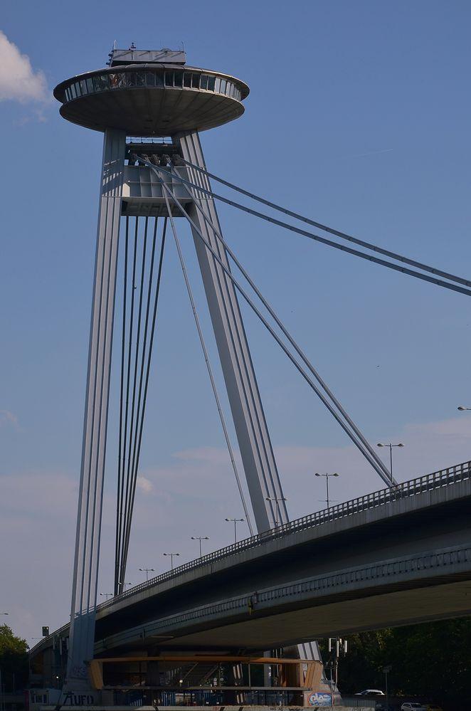 Bratislava / Ufo-Tower .