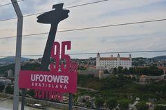 Bratislava / Ufo-Tower ....