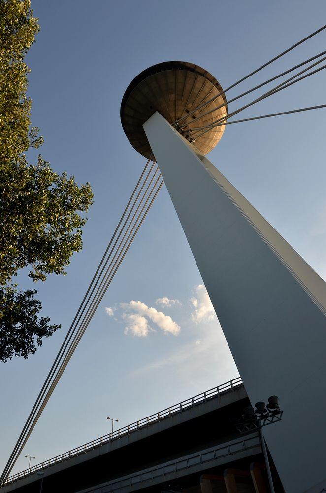 Bratislava / Ufo-Tower ...