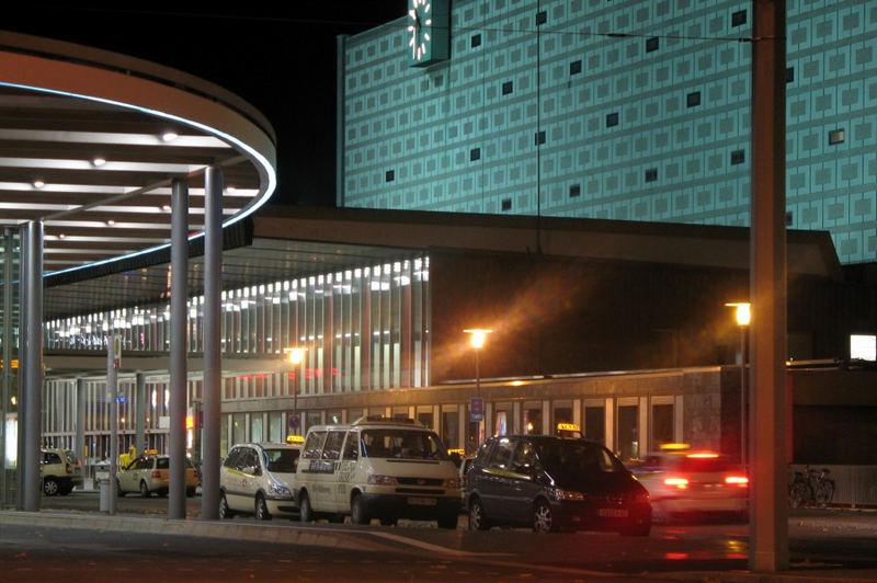 Braunschweig Hauptbahnhof (nachts)