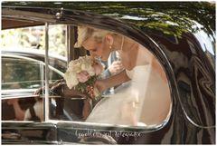 Braut verlässt die Bühne ihres großen Auftritts