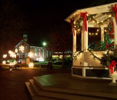 Brecksville Gazebo and Old Town Hall at Christmas