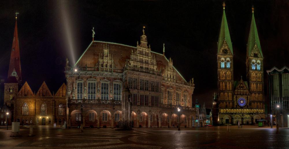 Bremen Rathaus bei Nacht