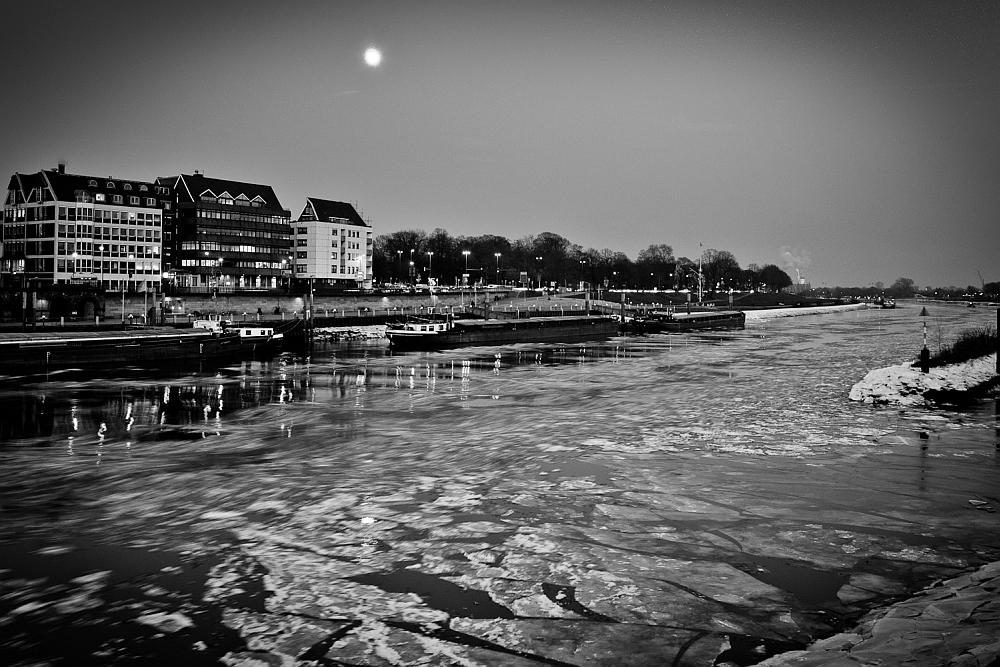 Bremen Weser s/w