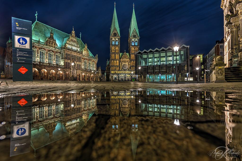 Bremer Marktplatz in Spiegel