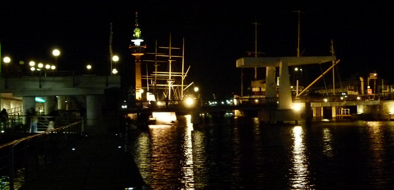 Bremerhaven: Alter Hafen bei Nacht