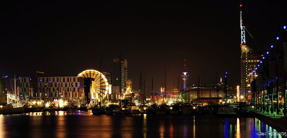 Bremerhaven hafen foto bild architektur architektur bei nacht motive bilder auf fotocommunity - Architektur bremerhaven ...