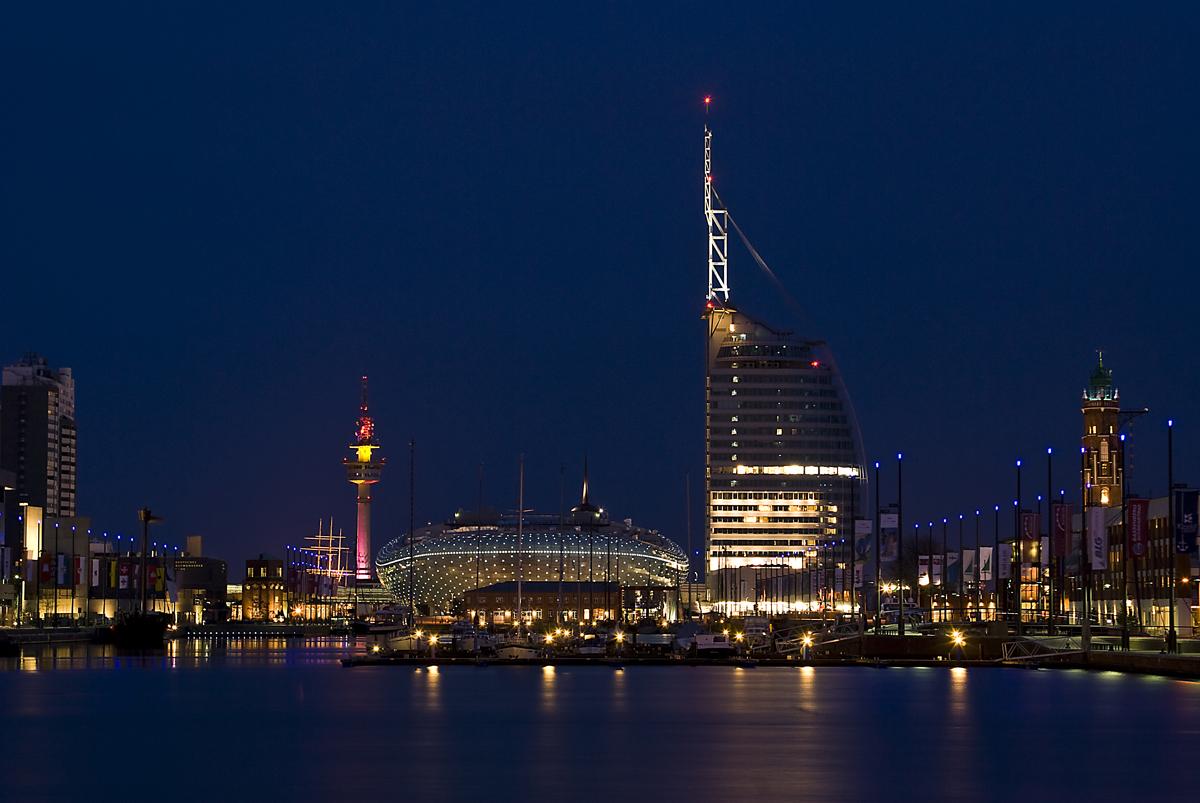 Bremerhaven @ Night