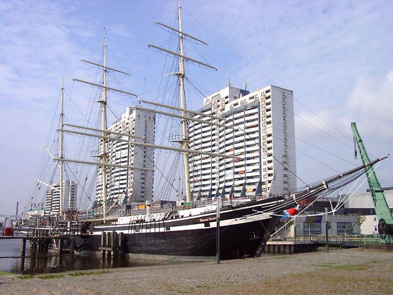 """Bremerhaven und seine """"Seute Deern"""""""