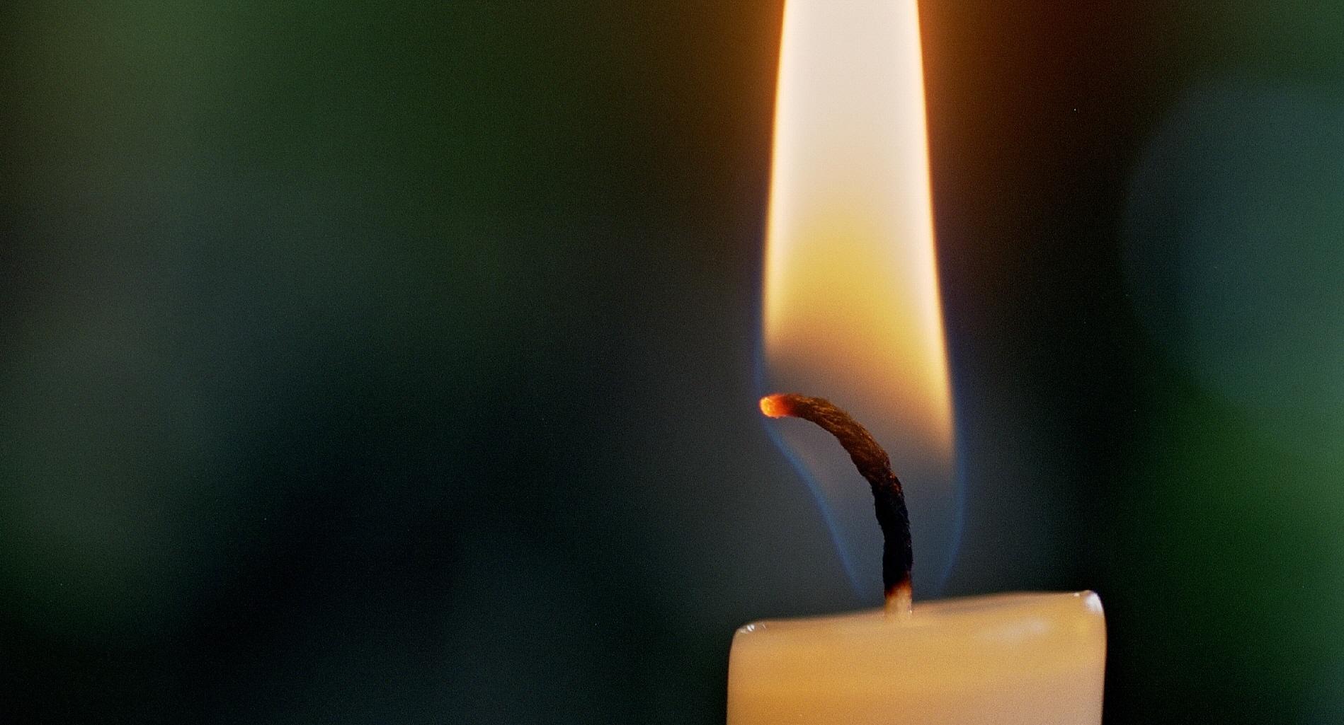 Brennende Kerze Bilder