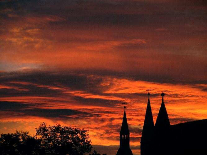 Brennender Sonnenaufgang