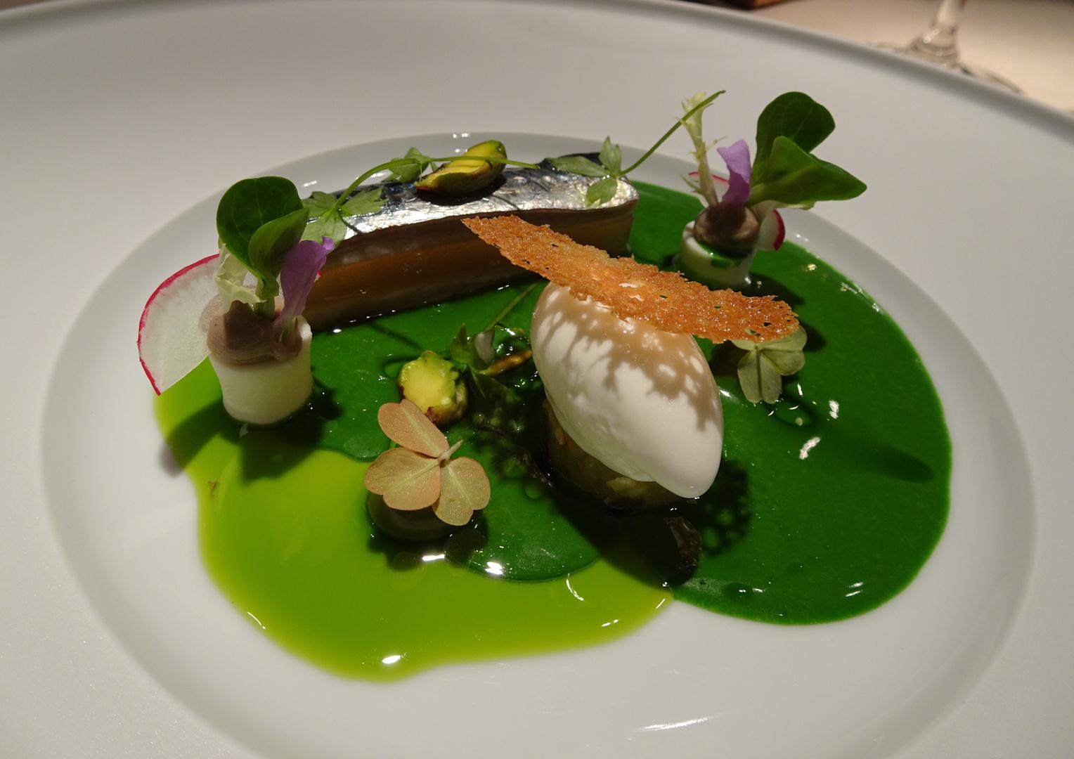 Bretonische Sardine Restaurant Atelier Munchen Bayern