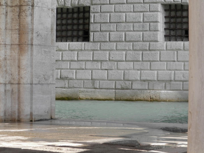 Bridge of Sights Prison Cells