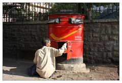 Briefkastenleerung - India Post