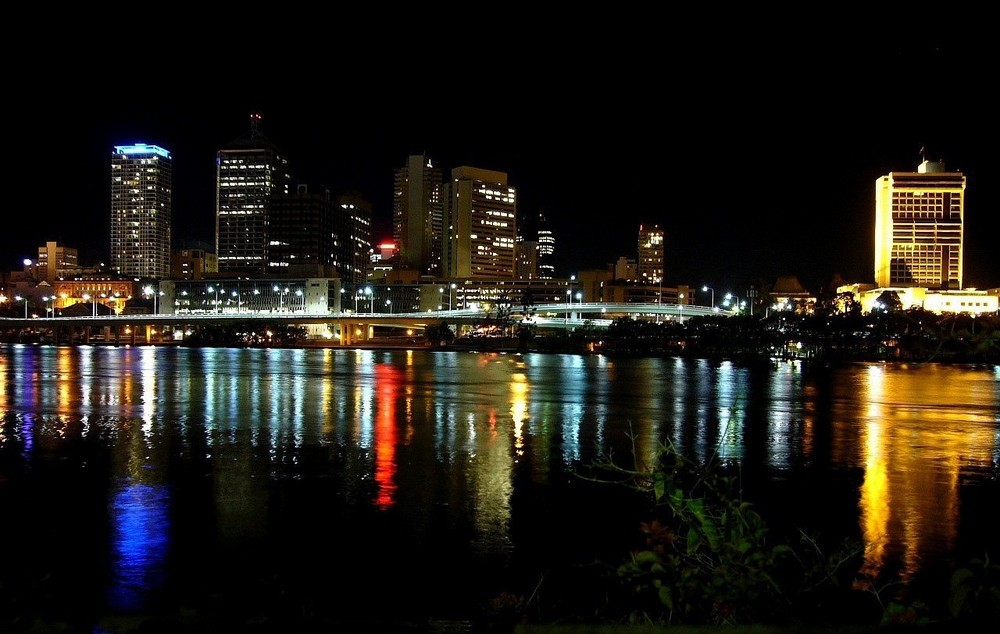 Brisbane by night
