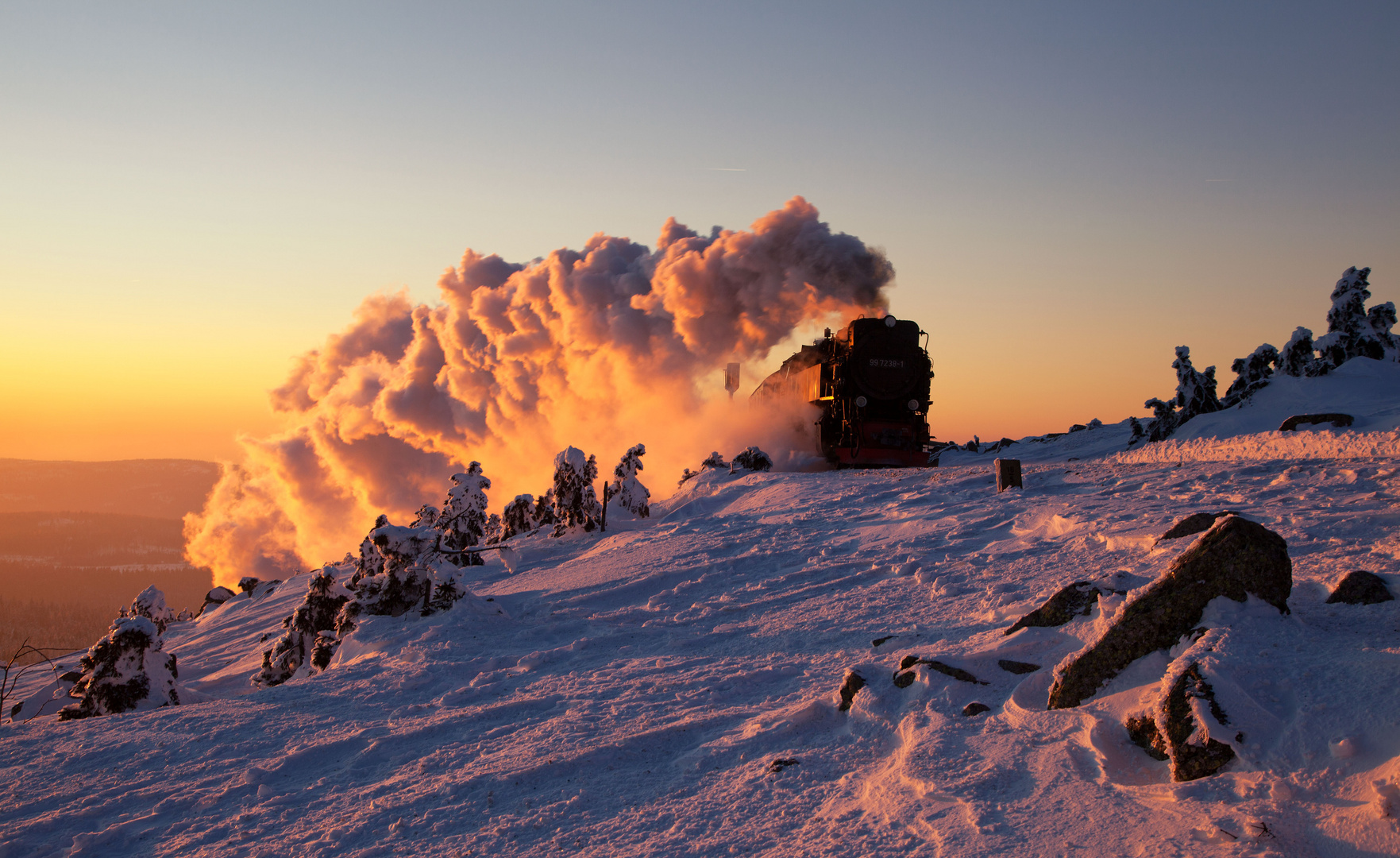 Brocken Glint (99 7238-1 with train 8945 - Harz narrow gauge railway)