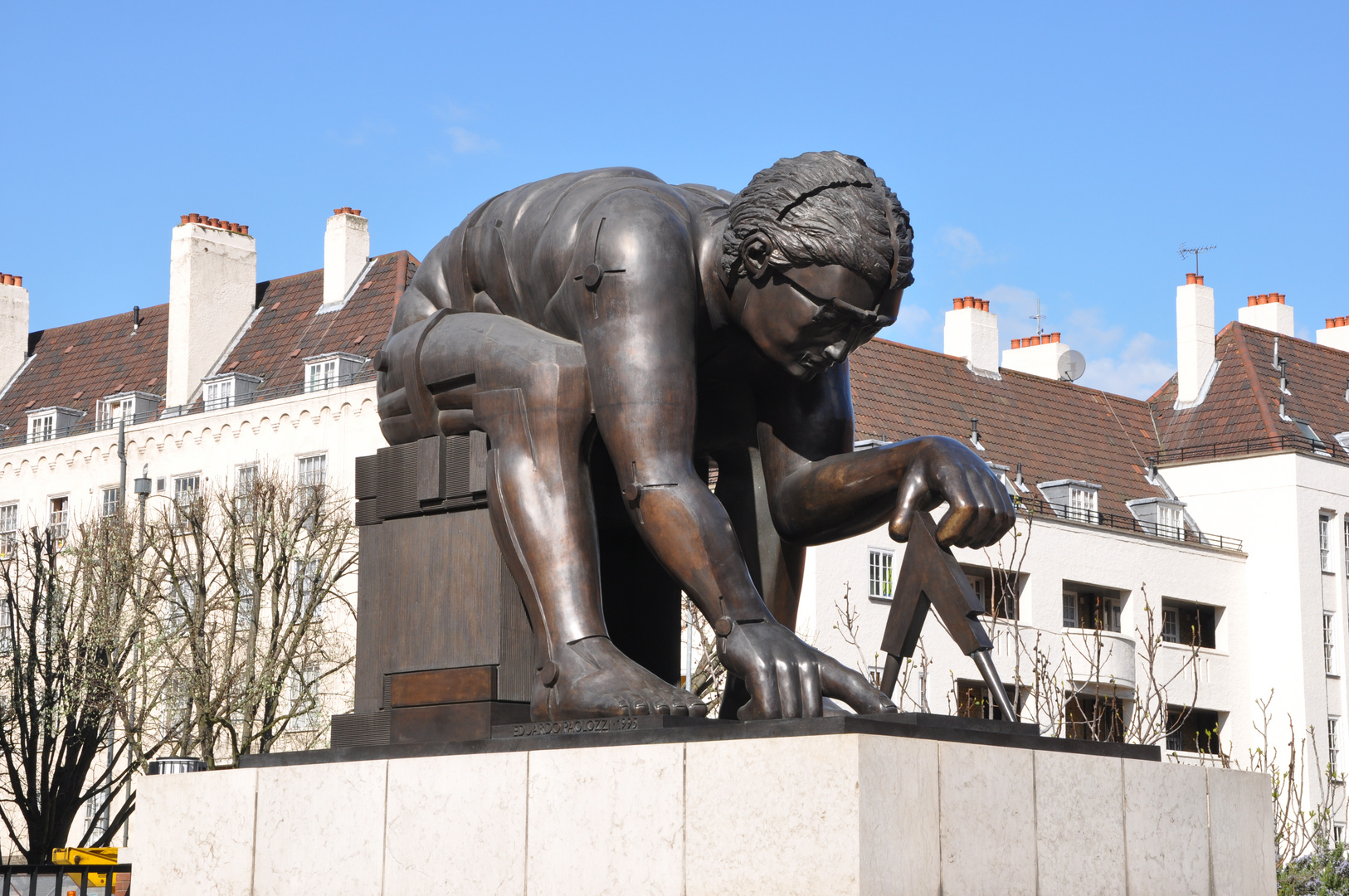 Bronze sculpture of Isaac Newton , in the courtyard of the The British Library London