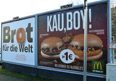 """""""Brot für die Welt"""" kontra """"Kau,Boy!"""""""