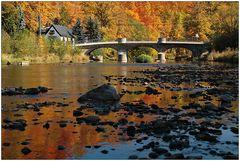 Brücke am Fluss