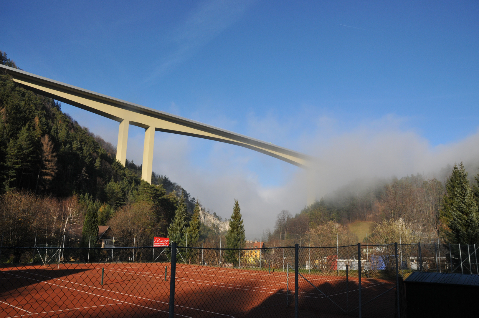 Brücke aus dem nichts 2