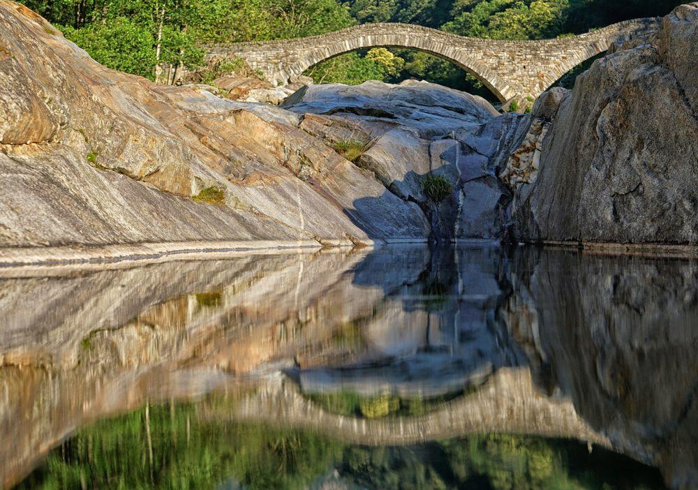 Brücke aus Stein