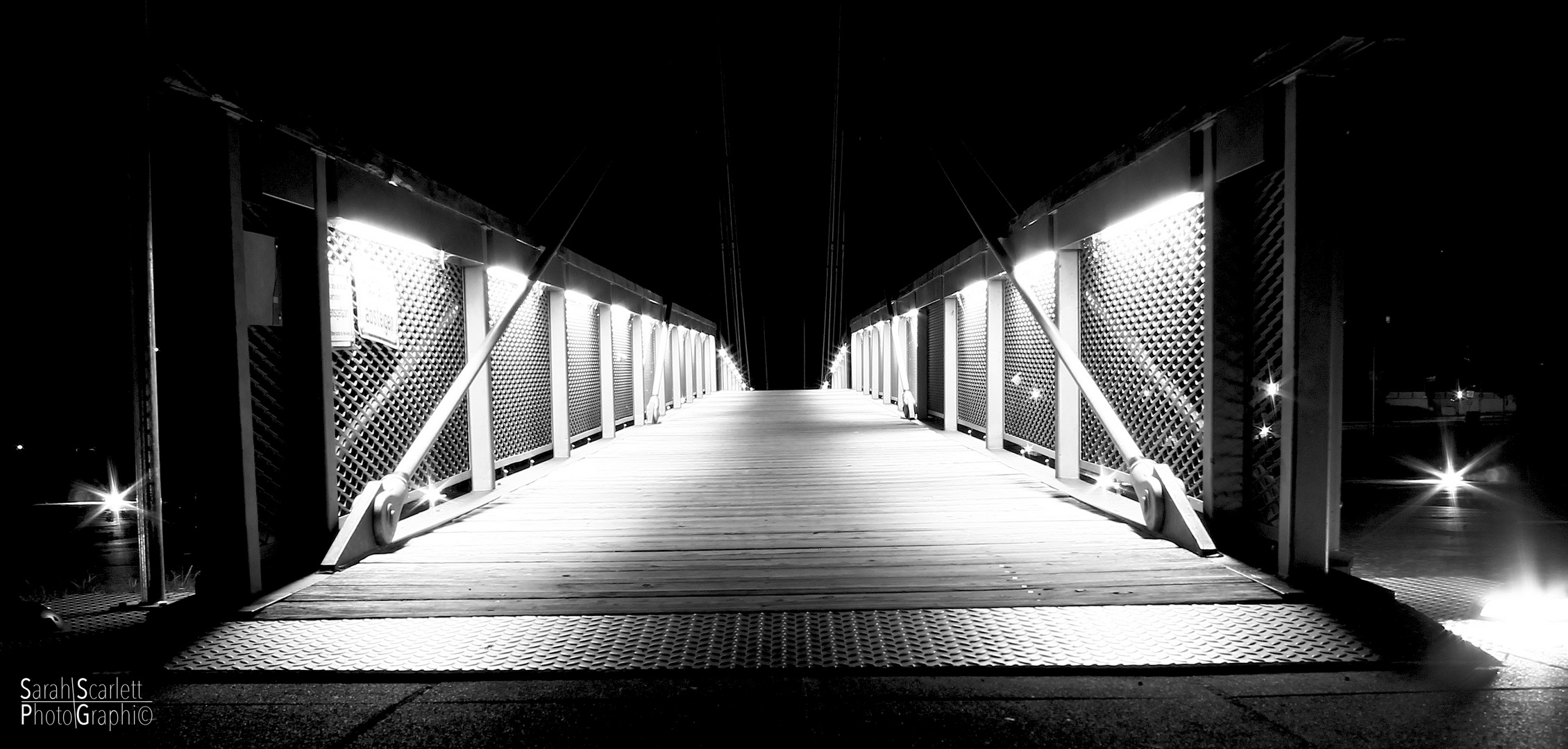 Brücke bei Nacht 2.0