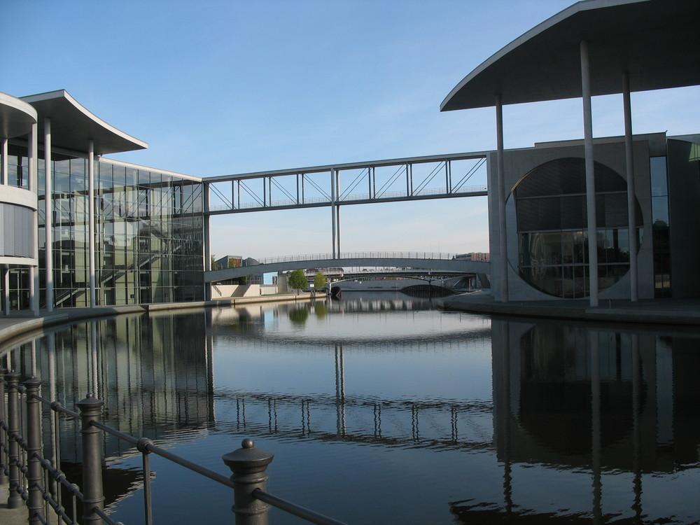Brücke der Regierenden