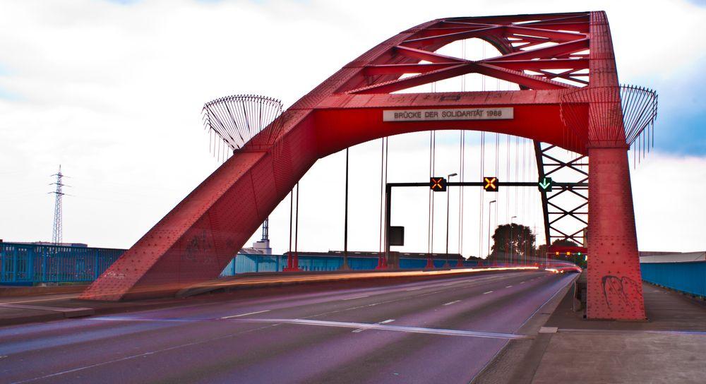 Sperrung Brücke Der Solidarität