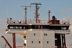 Brücke eines Containerschiffs