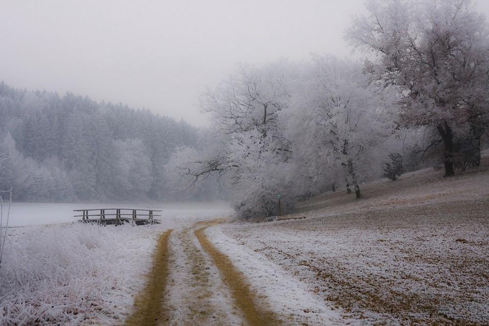 br cke im nebel foto bild landschaft wege und pfade natur bilder auf fotocommunity. Black Bedroom Furniture Sets. Home Design Ideas
