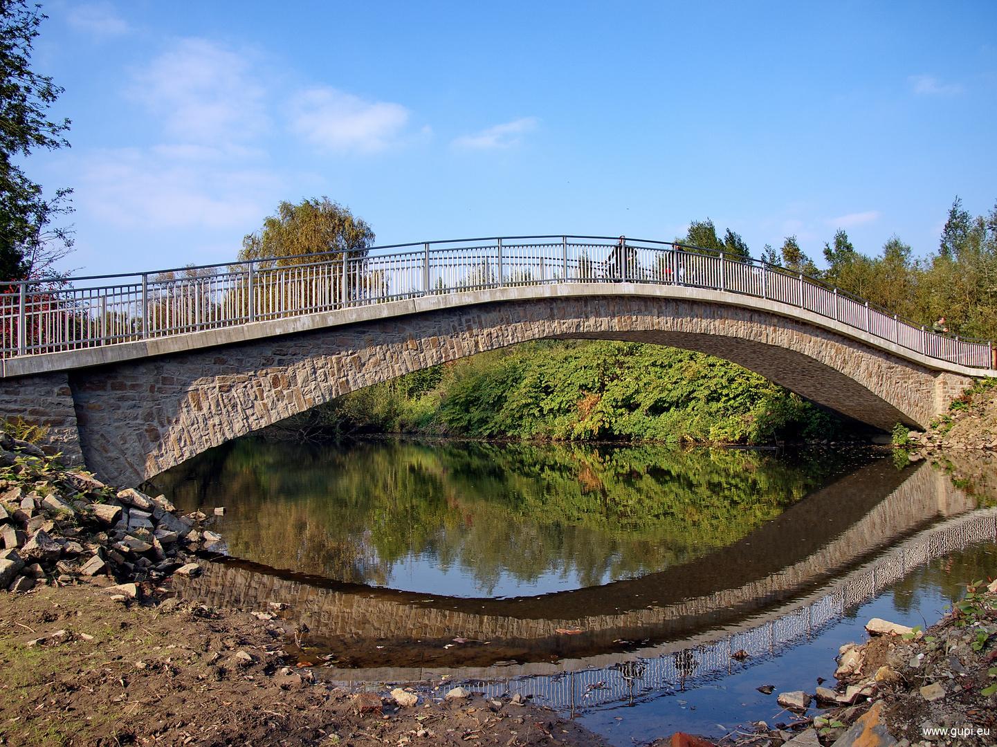 Brücke in Essen-Heisingen Foto & Bild | deutschland ...