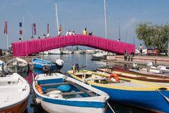 Brücke in Pink