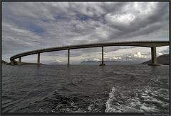Brücke nach Runde....
