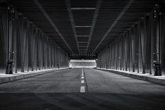 Brücke oder Tunnel...